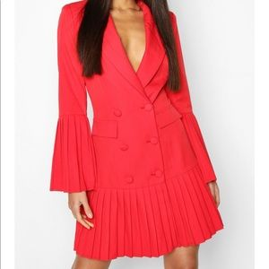 New Boohoo Blazer Dress in Red